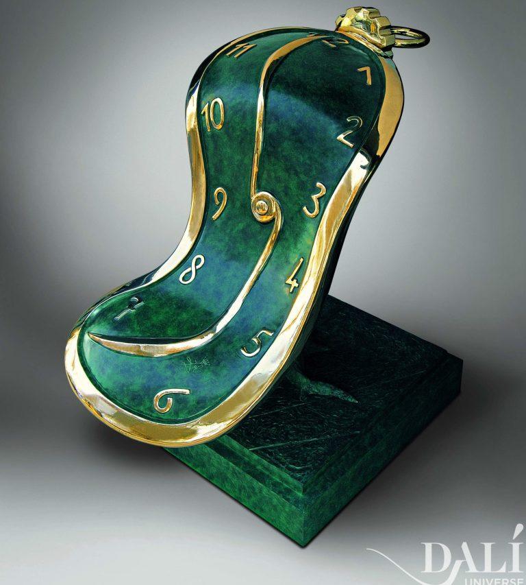dali_museum_sculpture_dance_of_time_iii_side copia